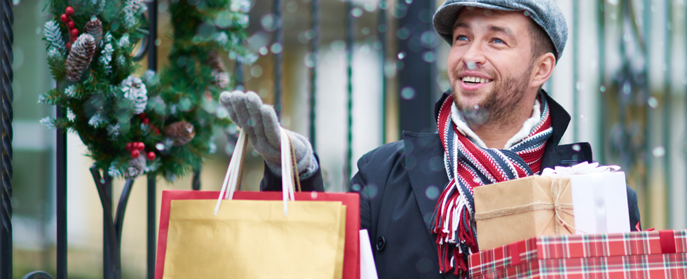 how to maintain good credit in holiday season